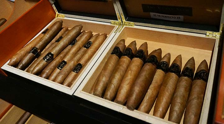 how to store a cigar without a humidor